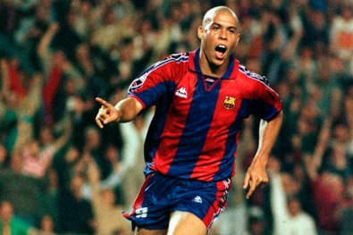 Ronaldo_Fenomeno_Barcelona
